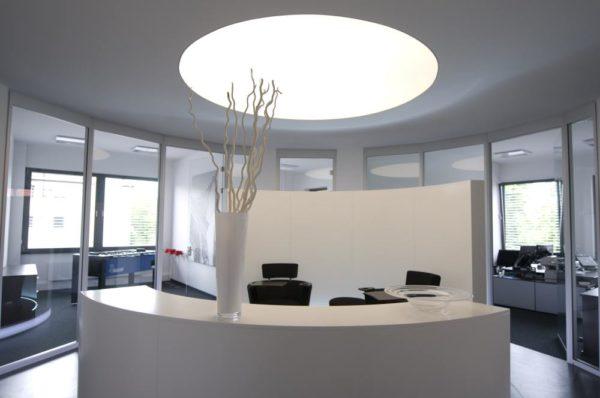 Axelor Lichtdecke in einem Empfangsbereich